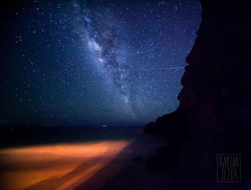iliveinaspiralgalaxy:  Milky Way Maui, Hawaii by Karim Iliya Astro Photography on Flickr.