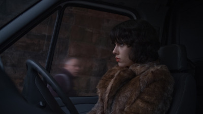 "2012 | Under The Skin Here's the first official image from Jonathan Glazer's new film – the third from the Sexy Beast and Birth director.  Shot mainly in Scotland and also in London, Under The Skin is a film about an alien in human form starring Scarlet Johnsson. It sounds really exciting: a mix of science fiction, road movie, part real and ""seeing our world through alien eyes."" Under The Skin will be released in the UK by Studio Canal"