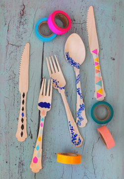 artpixie:  {DIY} painted cutlery