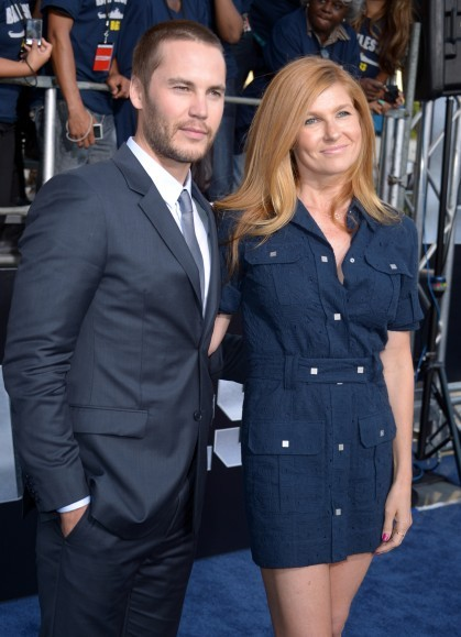 PSA of the Day: Tim Riggins took Tami Taylor to the premiere of Battleship.