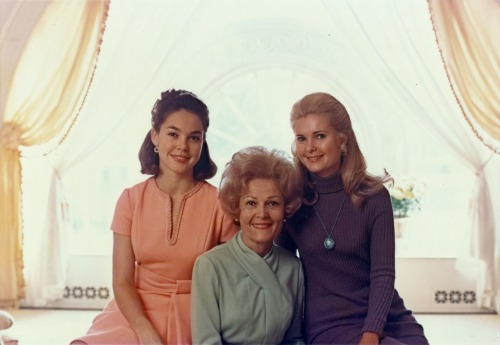 First Moms Pat Nixon with daughters Julie Eisenhower, and Tricia Nixon in the East Sitting Hall. 2/5/71  -from the Nixon Library