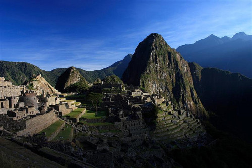 deathtosadness:  Machu Picchu by Phil Carpenter on Flickr.