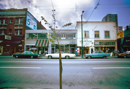 pasttensevancouver:  1100 block Robson Street, south side, Tuesday 14 May 1974 Source: City of Vancouver Archives #778-342