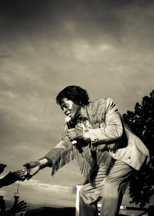 stuck-in-the-old-days:  James Brown in Sweden.