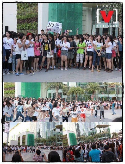 One Direction flash mob. From.THAI DIRECTIONER