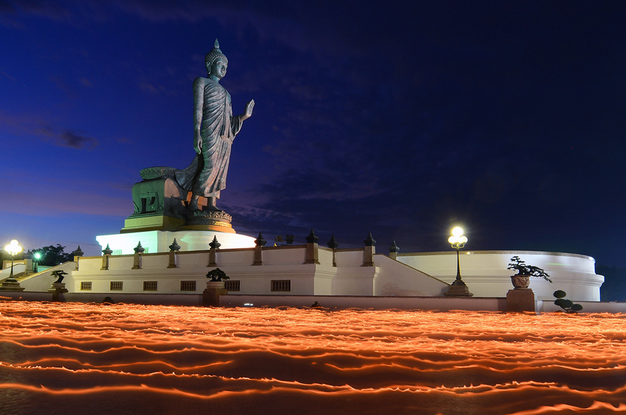 MAKHA BUCHA DAY by Auttapon Nunti > http://j.mp/JFLo1C