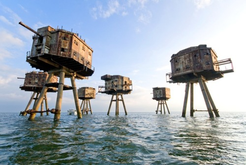 Maunsell Sea Forts - Fortified towers built in the Thames and Mersey estuaries during the Second World War to help defend the United Kingdom. Decommissioned in the late 1950s.
