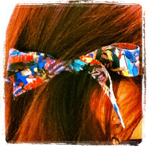 My #marvel lanyard broke so I turned it into a hairbow #hair #bows #fashion (Taken with instagram)