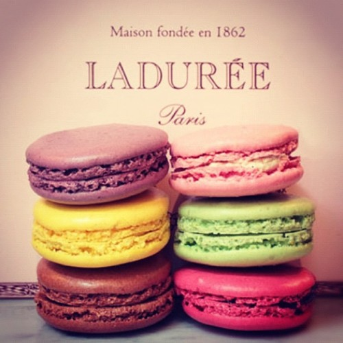 Goodnight everyone!! #macaroons #macarons #laduree #food  #delicious #desserts #sweet #cute #popular (Taken with instagram)