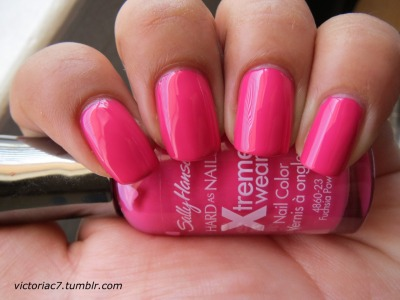 2 coats of Sally Hansen X-treme Wear Fuchsia Power