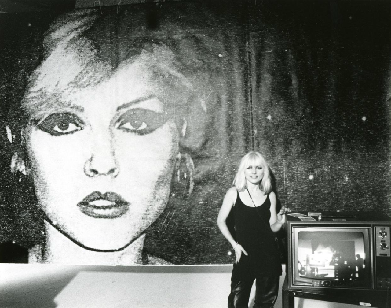 Debbie Harry NYC 1977 photographed by Bob Gruen