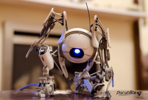 This is one of the most amazingly detail 3D Printed projects we have seen so far on Shapeways.. Atlas from Portal 2 by PsychoBob… WOW. (via Shapeways | blog: Amazing 3D Printed Atlas from Portal 2 (video))