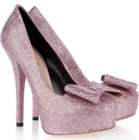 Here they are close up, the pink sparkly heels from D&G