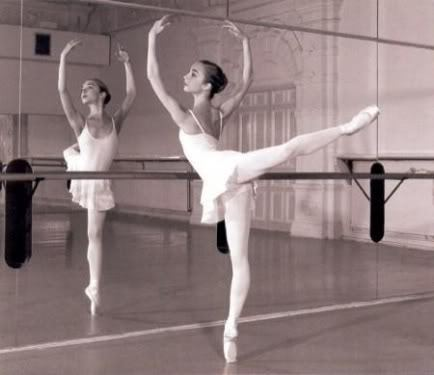 Re blog if you love ballet