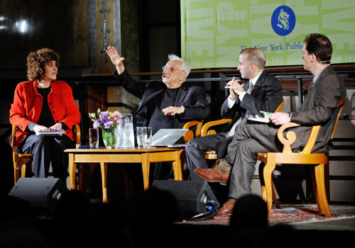 Frank Gehry with Barbara Isenberg & Alex Ross on the LIVE stage three years ago. Watch or listen to the three discuss the intersection of music and architecture, and what a space could do for the music played within it…and vice versa.