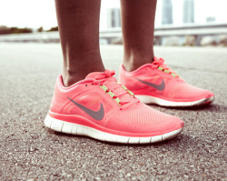 health-freeak:  Here are some reasons why you should run: It is a top calorie-burning exercise It revs metabolism even after you've finished running Expensive workout equipment is not required It`s great for your social life Solo runs provide time for self discovery Lifts your mood Boosts creativity Provides opportunity to get outside and enoy nature Increases self esteem Reduces stress Fights depression and anxiety Gives you energy Lengthens your lifespan Invigorates your sex life Gives you goals to work towards Keep running loves (: