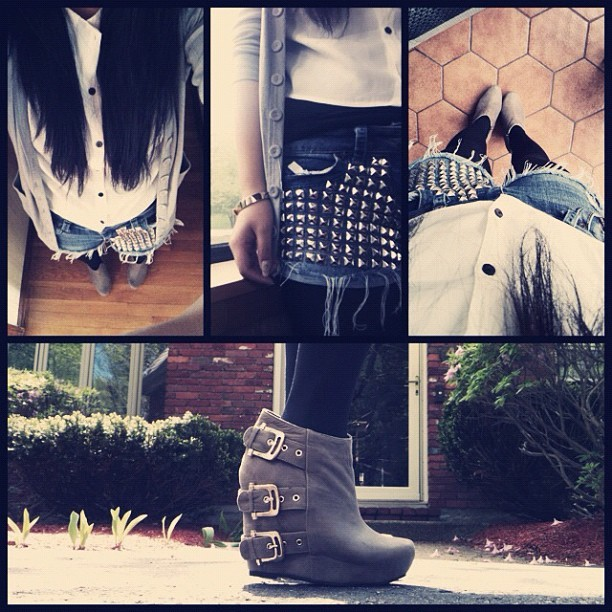 😊👍 #ootd #shorts #cardigan #wedges #shoes #studs #studdedshorts #denim #tights (Taken with instagram)