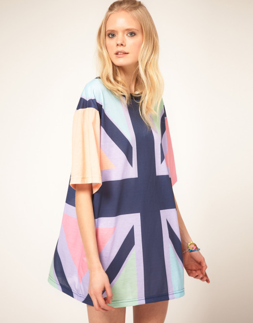 Fashion Pick of the week: House of Holland Jersey T-Shirt Dress With Pastel Union Jack Print Lets celebrate Britain :)