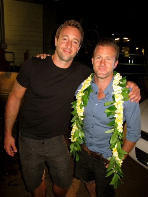fyeahfive0:  Brothers in Arms Scott Caan and Alex O'Loughlin enjoying a break between scenes during the filming of the second season finale of HAWAII FIVE-0. (x)