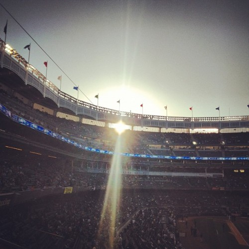 I love #sunsets at #YankeeStadium!! So #beautiful. #baseball #nyy #mlb #nyc #bronx  (Taken with instagram)