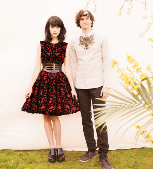 bonjour-ana:  Kimbra & Gotye by Tom Allen for T Magazine, May 2012.