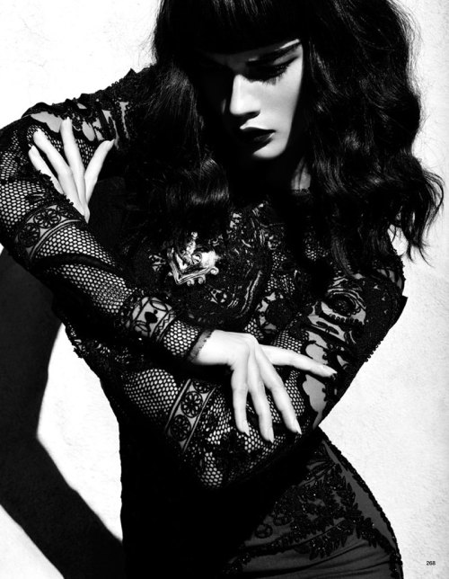 blackstuddedfashion:  Crystal Renn for Vogue Japan June 2012