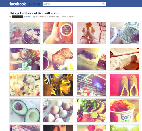 The top right corner is pesto. Can you tell?This is how your photos look.