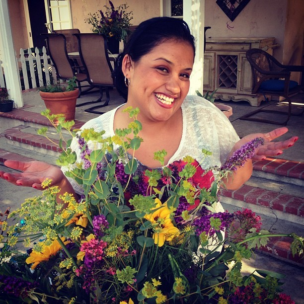 Miss Veronica approves of the flowers. #whenafriendasksyoumanup #stillnotFTD (Taken with instagram)