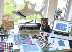 Come See Alex Kramer's Magical Fashion Desk O' Dreams: (via The Window – 'Taste Over Trend, Luxe Over Lavish': Introducing Alex Kramer) Http://Styleyedolize.Tumblr.com http://Styleyedolize.com