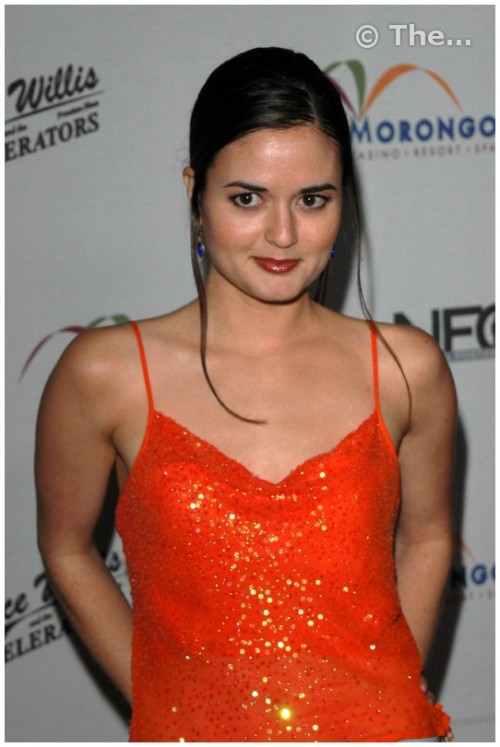 Danica McKellar hq paparazzi posing picturesfree nude picturesLink to photo & video: bit.ly/JmGLbe