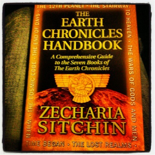 anukkinearthwalker:  If u want to learn get this book. Sitchins books are normally like 800 pages and difficult to read. This one is 200 pages with the best info from all his books. i read the 12th planet and it took me months, there is a lot of important history in it and Anunnaki or aliens dont even come up much, but it was well worth it once i finished. i read The End of Days still long as hell, but much more interesting and captivating. read those two. and this. and you will know a lot about the beginning of man and where some of you came from. (Taken with instagram)
