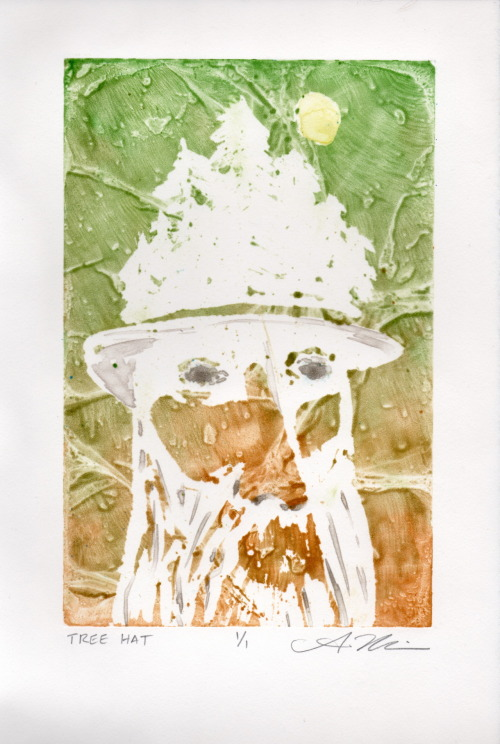 Tree Hat Monotype