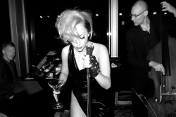 terrysdiary:  Gaga singing a song at the hotel bar.