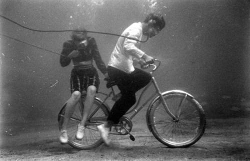 ellliot:  Sam Shere, Underwater bicycling, February 1947.  What hipsters did in the 40s.