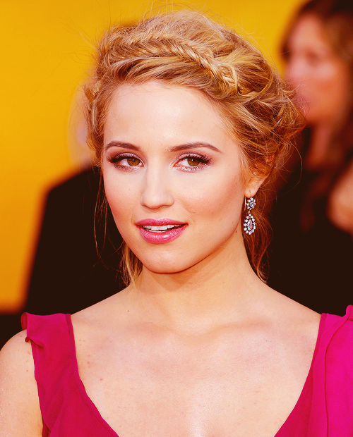 200 pictures of dianna → 30/200