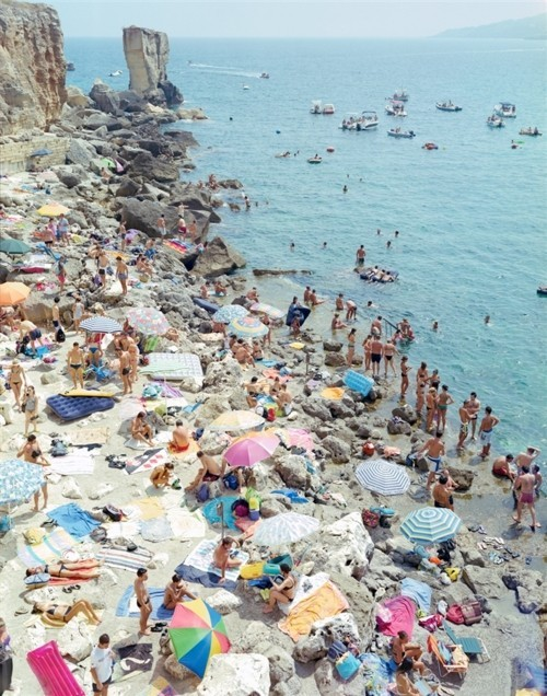 (via spring into summer / packed beach!)