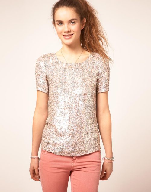 A Wear Sequin T-ShirtMore photos & another fashion brands: bit.ly/JgPpLV