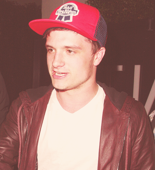 1/100 Photos of Josh Hutcherson