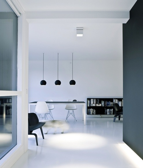 archizar:  MINIMAL PENTHOUSE IN COPENHAGEN BY NORM ARCHITECTS. image courtesy © norm architects