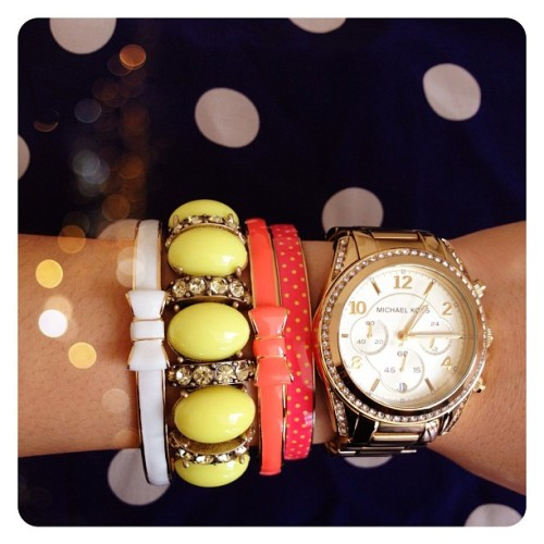 her-roaring-twenties:  I really need more bracelets