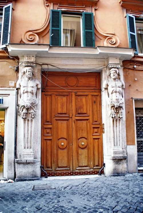 (via Door, a photo from Rome, Lazio | TrekEarth) Rome, Lazio, Italy