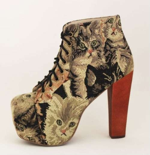 (via My Style) Jeffrey Campbell … cat tapestry.
