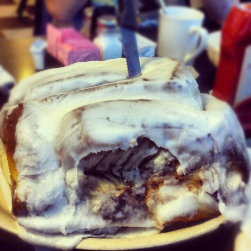 The biggest cinnamon bun I've seen! 3lbs. Texas-sized. #sanantonio #texas #lulusbakery #food #foodporn #photooftheday  (Taken with instagram)