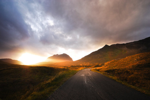 absolutescotland:  Liathach by Bunyano on Flickr.
