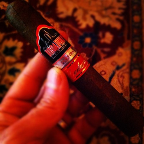 Cigar Of The Day : La Aurora Broadeay Series. This cigar is made special for New York .edium bodied with sweet hazelnut chocolate Finish. Smooth with no after taste. #manshit #cigar #cigarofthedaychallenge #cigarporn #cigarinn #cigaraficionado #cigaraficionados #cigar #pictureoftheday #laauroracigars #miamicigars #nyc #nyccigarlounge (Taken with Instagram at The Cigar Inn)