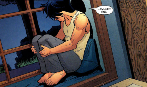 thesarahnader:  jerklock:  Sometimes I just cry over Tim Drake's life.  #kon dies tim drake