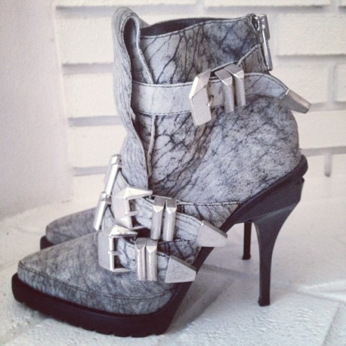 lusttforlifeblog:  Loved these #AlexanderWang Hanne boots for a long time, and now they're finally mine! (Taken with instagram)
