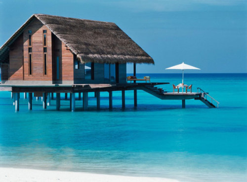 micasaessucasa:  Exclusive Tropical Retreat in Maldives: Reethi Rah Five-star Resort