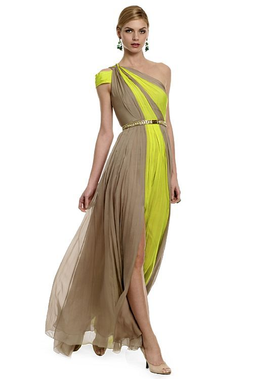 What would Arianne wear? A breezy two-tone Matthew Williamson gown