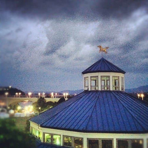 My favorite vista. (Taken with Instagram at Walnut Street Bridge (Walking Bridge))